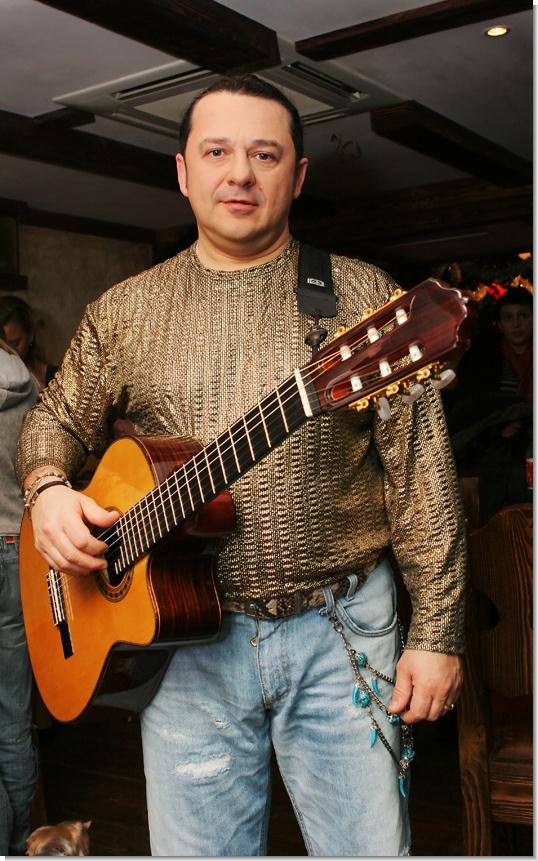 За концерт 3 ноября 2012 в лужниках афиша
